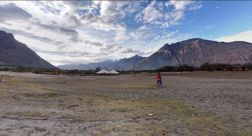 Walking towards the Hundar sand dunes in Nubra Valley