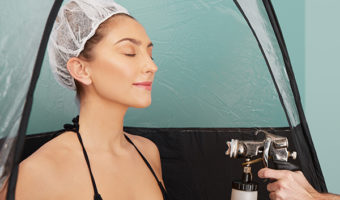Pros and Cons of Getting a Spray Tan